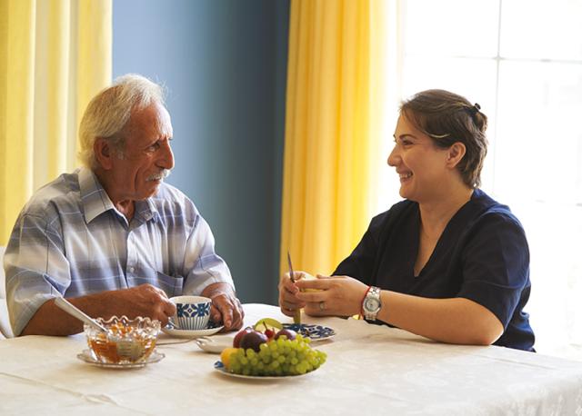 Pečuje o své rodiče a sama je v invalidním důchodu – vše o zdraví