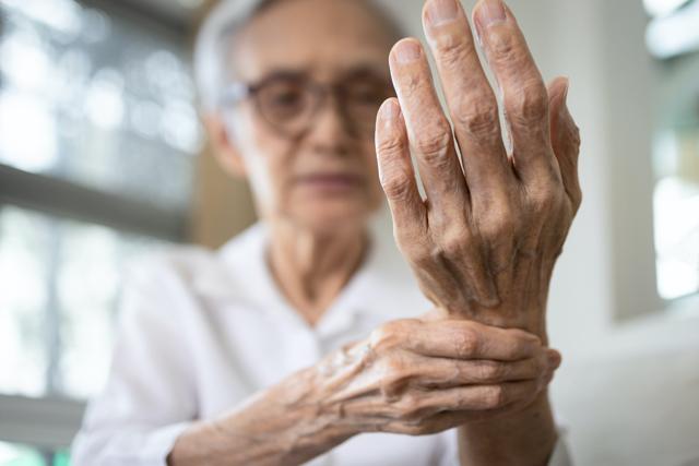 Necitlivost prstů - Vše o zdraví