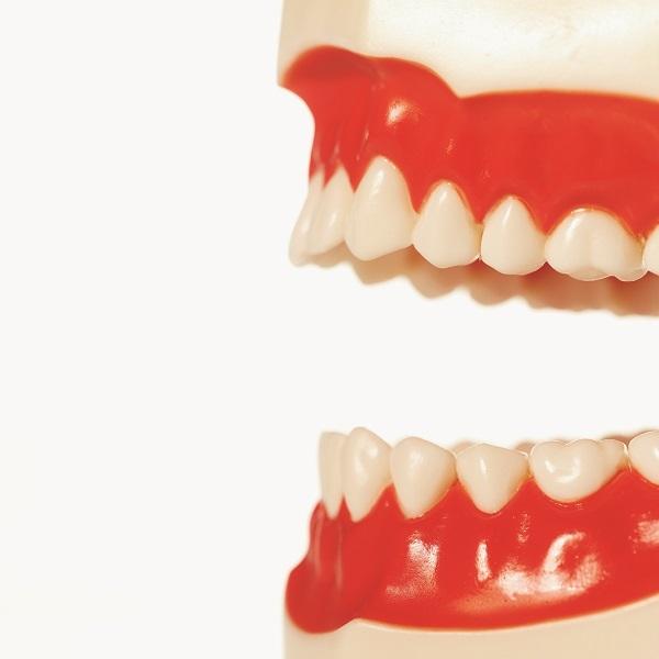 Lámání zubů - Vše o zdraví